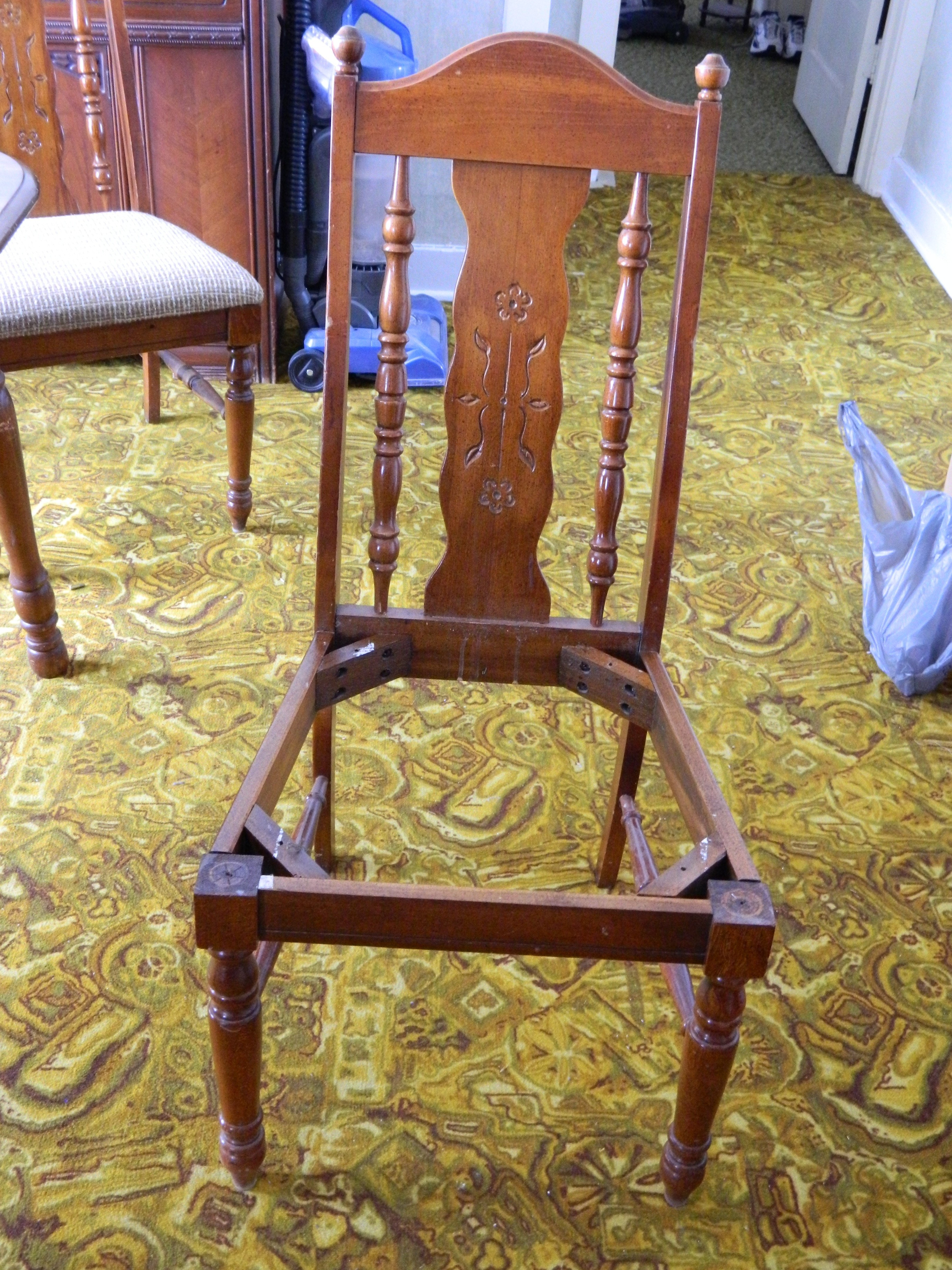 Table Chairs Upcycle Removing Upholstery 2 of 7