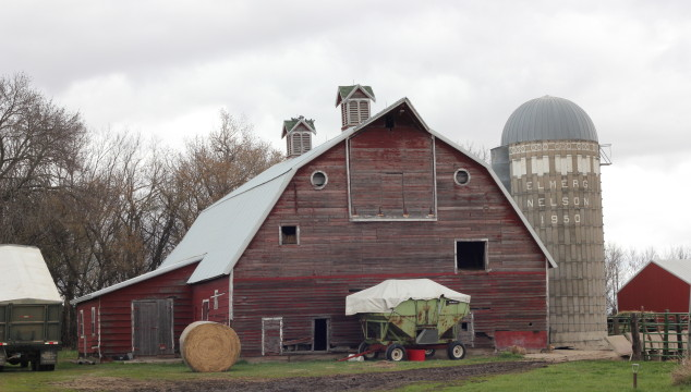Farmin' Friday: The Old Barn