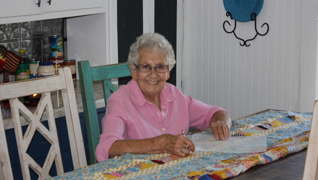 How to Hand Quilt: techniques & tips from my grandmother