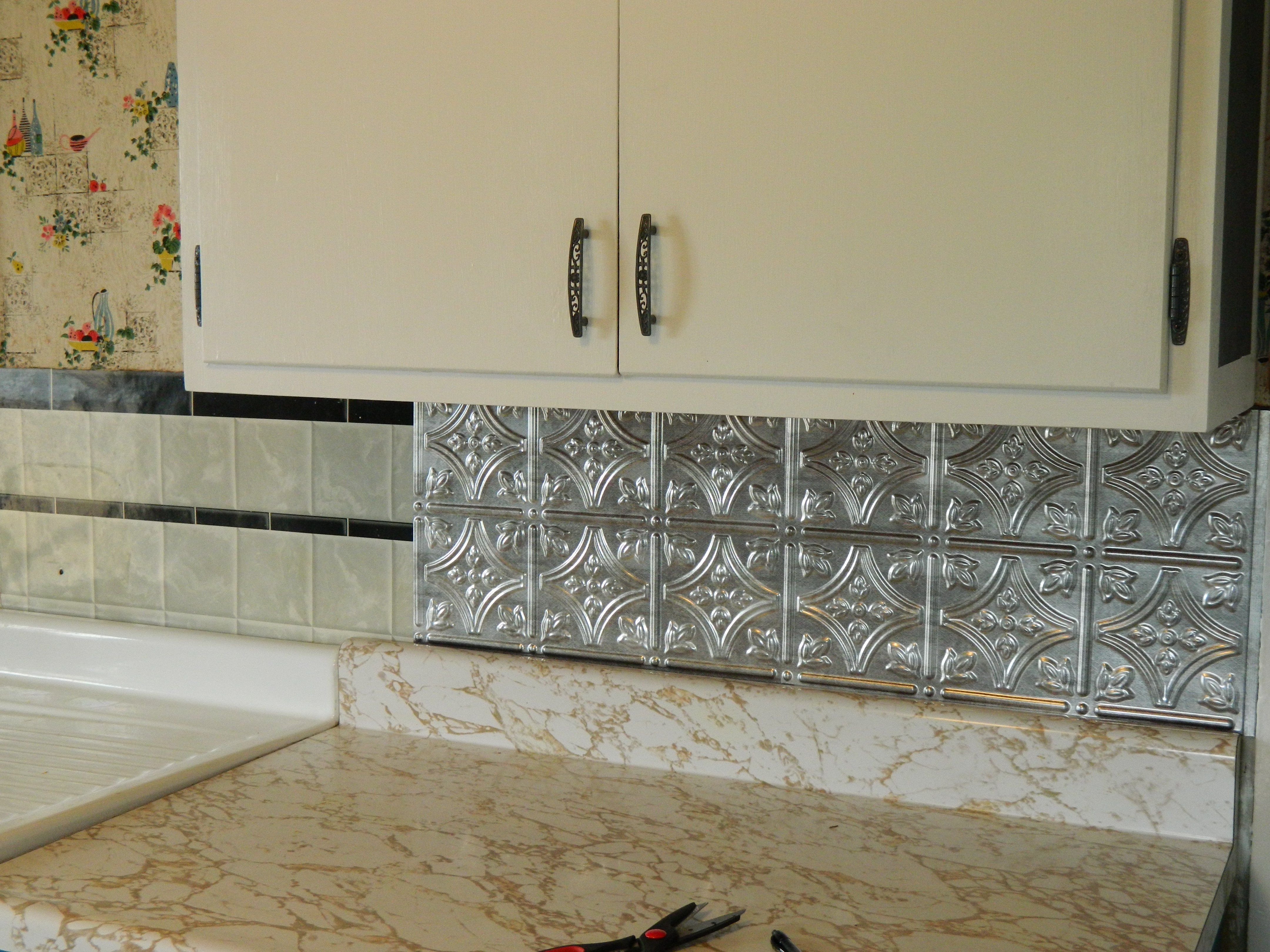 - DIY: 5 Steps To Kitchen Backsplash – No Grout Involved Sierra Shea