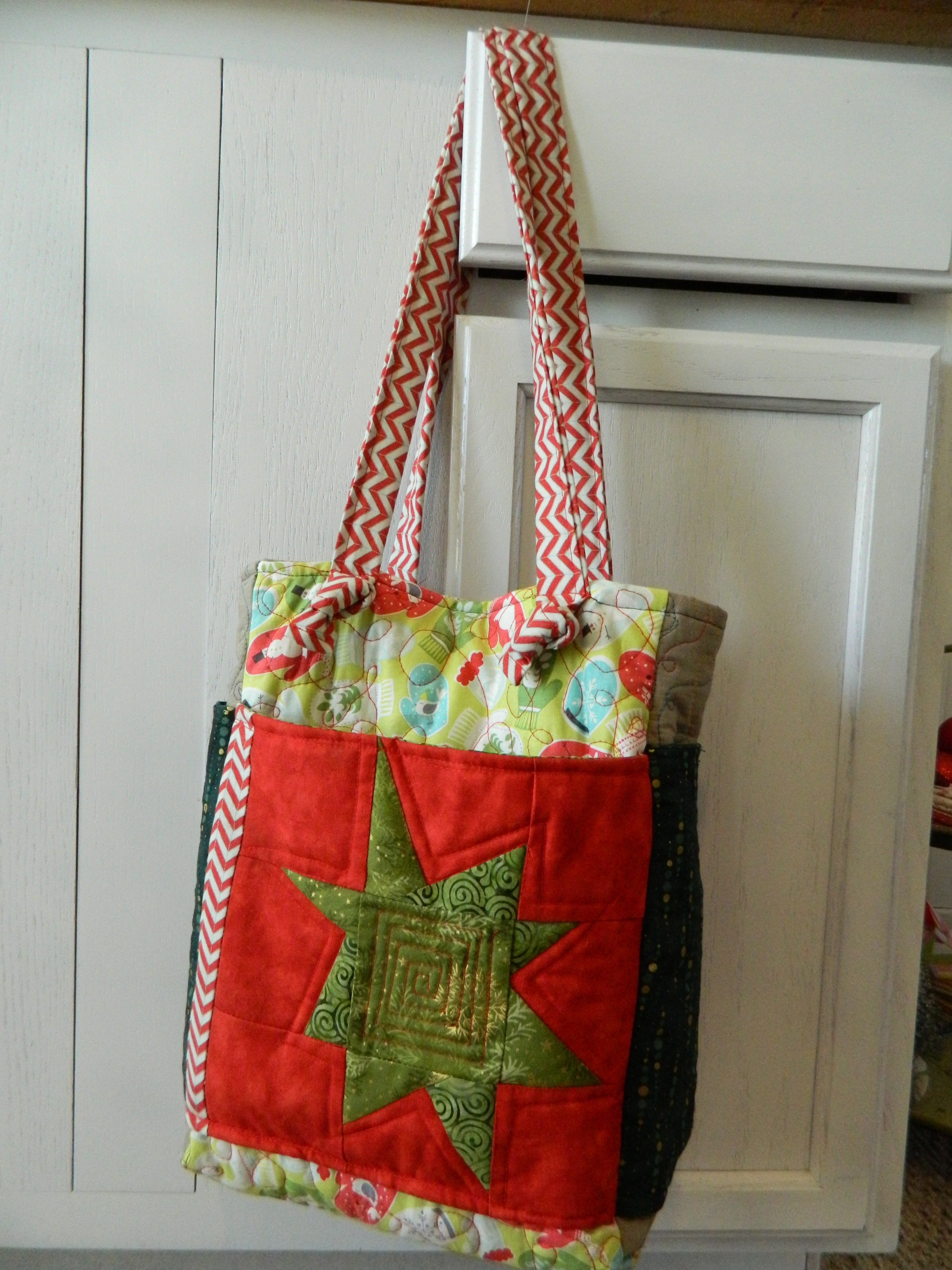 Christmas Themed Quilted Purse Pattern Sierra Shea